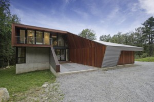 fac3a7ade-nord-2-berkshire-pond-house-par-david-jay-weiner-usa1