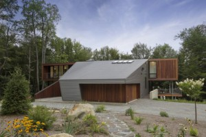 fac3a7ade-nord-berkshire-pond-house-par-david-jay-weiner-usa1