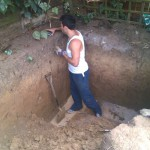 réalisation des fondations - Hobbit Hole in Backyard, Angleterre