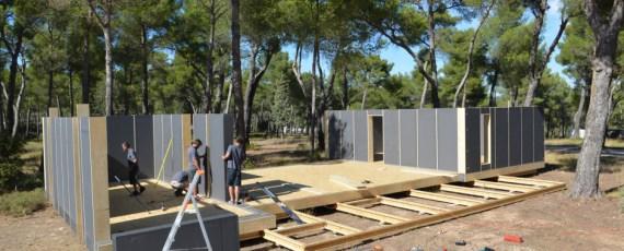 pop up house un concept de maison passive pr fabriqu e par multipod studio france construire. Black Bedroom Furniture Sets. Home Design Ideas