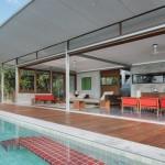 pièce de vie et piscine - the-naked-house - marc gerritsen - thaïlande