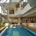 piscine intérieure - Glass House par Nico Van Der Meulen Architects à Johannesburg Afrique du Sud