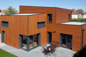 Ocube architecte construire tendance - La contemporaine villa k dans les collines de nagano au japon ...