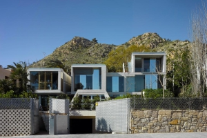 Maison v g talis e construire tendance - La contemporaine villa k dans les collines de nagano au japon ...