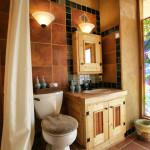 salle de bains - Lemuria - Earthship - Taos - USA