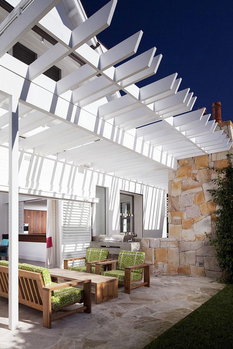 R novation honiton residence par mck architects new - Brise soleil terrasse ...