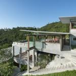 vue arrière vers forêt - the-naked-house - marc gerritsen - thaïlande