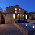 Vue extérieure nuit - Maison Bois - Patrice Bideau - St Goustan - France