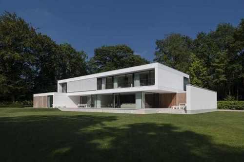 R novation en maison contemporaine par hs residence for Maison en container belgique