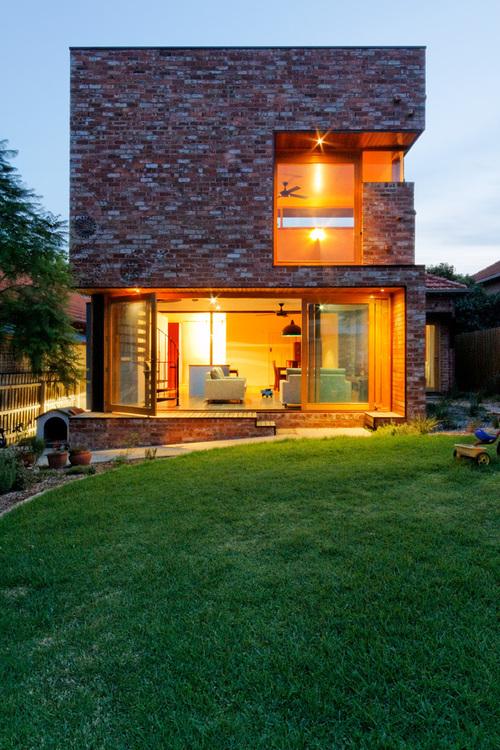 Maison contemporaine en brique ilma house par andrew maynard architects northcote - Melbourne maison moderne australie ...