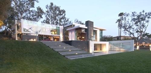 Maison ultra moderne summit house par whipple russell for Maison ultra moderne