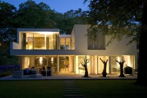 Clijsters architectuur studio construire tendance - La contemporaine villa k dans les collines de nagano au japon ...