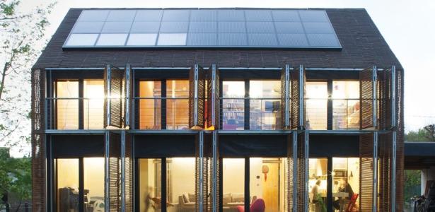 maison bois bambou passive par karawitz architecture val d 39 oise 95 france construire tendance. Black Bedroom Furniture Sets. Home Design Ideas
