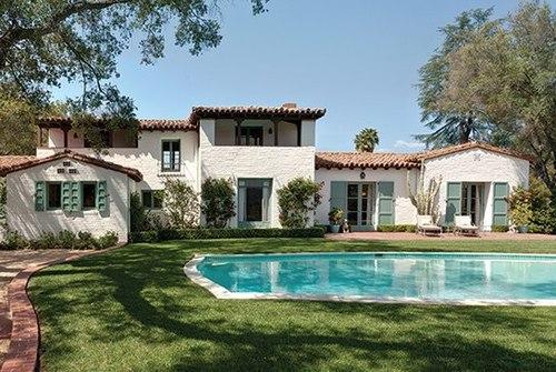 Hacienda espagnole par paul revere williams ojay usa for Modele maison californienne