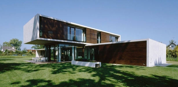 House lk par dietrich untertrifaller architekten for Contemporary house characteristics