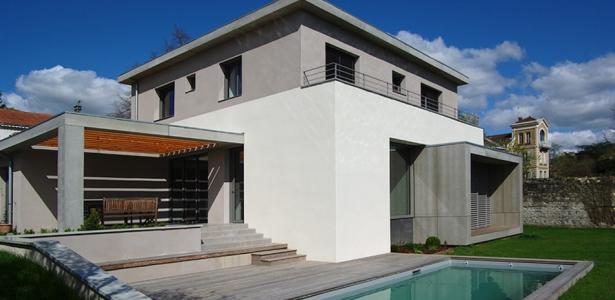 maison contemporaine par dank architectes 69 france construire tendance. Black Bedroom Furniture Sets. Home Design Ideas