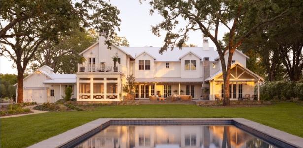 transitional farmhouse design par total concepts calistoga californie usa construire tendance. Black Bedroom Furniture Sets. Home Design Ideas