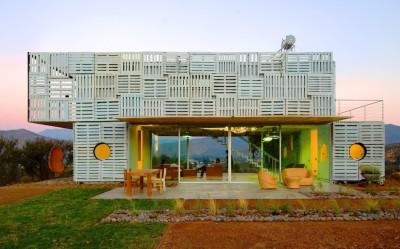 Infiniski Manifesto House par james&mau arquitectura  - Curacaví, Chili - photo Antonio Corcuera