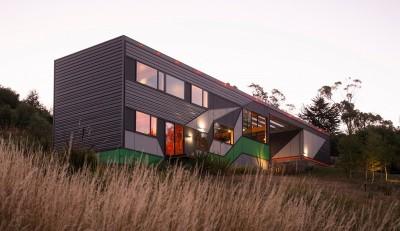 Southern outlet house par Philip M-Dingemanse - Launceston, Australie - photo Jonathan Wherrett