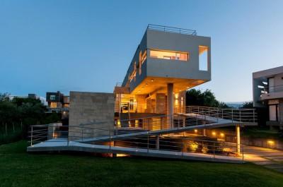 une-Wanka-House-Estudio-Arquitectura-Galera-Carilo-Argentine
