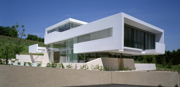 Privat residence klosterneuburg by project a01 architects for Villa contemporaine moderne design