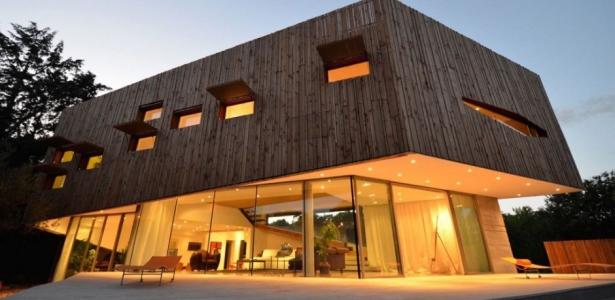 maison spirale par portal thomas teissier architecture dans l 39 h rault france construire tendance. Black Bedroom Furniture Sets. Home Design Ideas