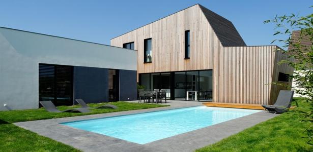 maison contemporaine et extension bois par ideaa architecture france construire tendance. Black Bedroom Furniture Sets. Home Design Ideas