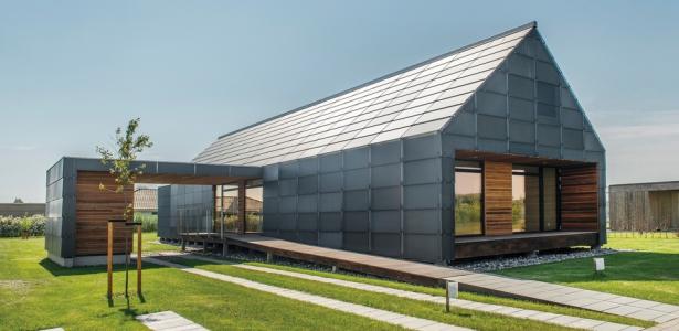 Maison sans entretien par arkitema architects danemark for Maison bois et verre