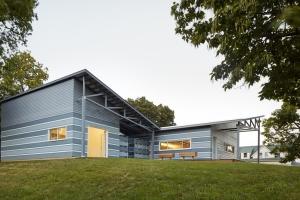 El dorado construire tendance - La contemporaine villa k dans les collines de nagano au japon ...