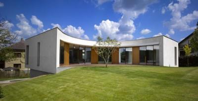 Maison contemporaine par Jarousek Rochová Architekti , République Tchèque