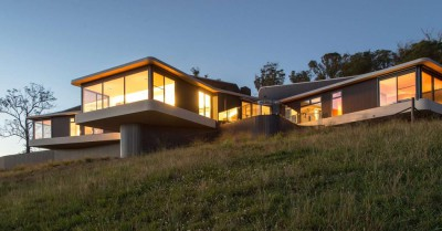 High Country House par Luigi Rosselli Architects - Armidale, Australie