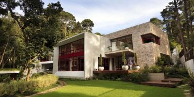 chinkara house par Soliscolomer y asociados - guatemala