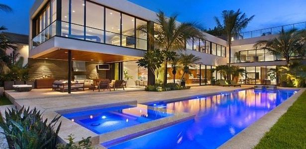 Miami beach residence par new stone age miami beach usa construire tendance - Residence de vacances contemporaine miami ...