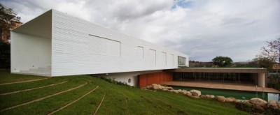 Piracicaba House par Isay Weinfeld - Piracicaba, Brésil