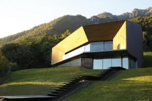 Camillo botticini architect construire tendance - La contemporaine villa k dans les collines de nagano au japon ...