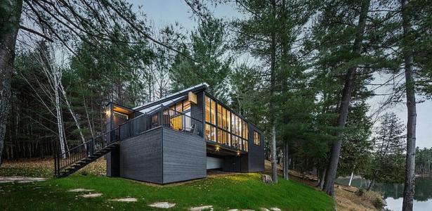 La Peche Cottage Par Kariouk  Associates  Qubec Canada