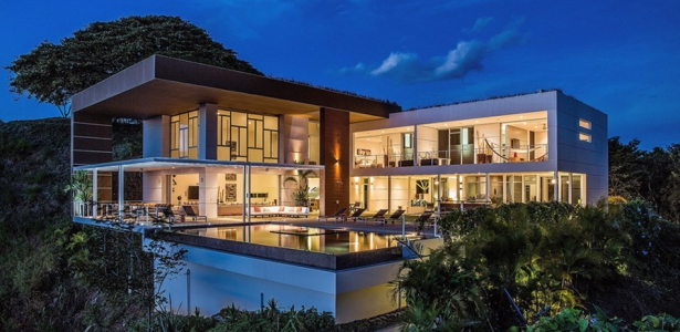 Villa contemporaine en location kalia 39 s eos costa rica for Maisons contemporaines de luxe
