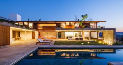 Ft house par Reinach Mendon Arquitetos - Bragança Paulista, Brésil