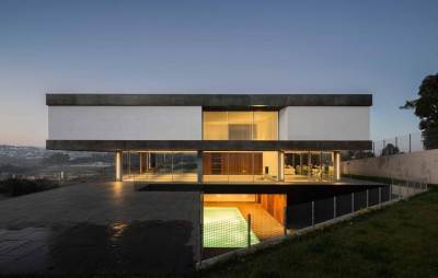BE House par Spaceworkers - Paredes, Espagne