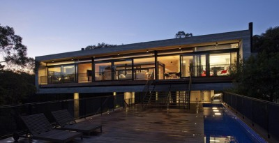 LM Residence par Marcos Bertoldi Arquitetos - Campo Comprido, Brésil