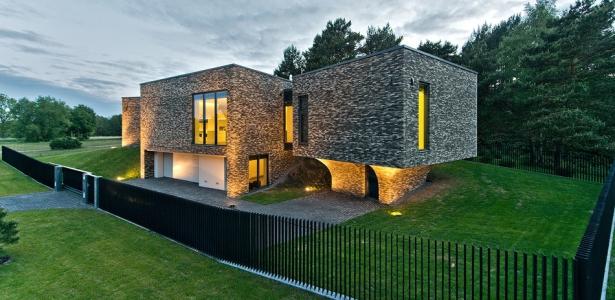Family house par uab architektu biuras palanga lituanie for Architecture originale maison
