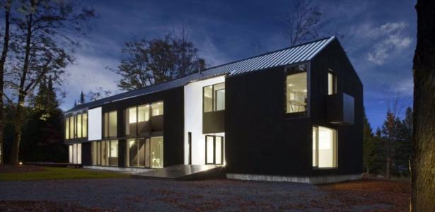 private residence st sauveur par saucier perrotte architectes saint sauveur canada. Black Bedroom Furniture Sets. Home Design Ideas