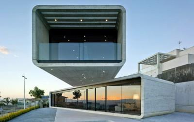 Crossed House par Clavel Arquitectos - La Alcayna, Espagne
