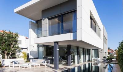 Maison contemporaine béton par Ron Aviv - Tel Aviv, Israël
