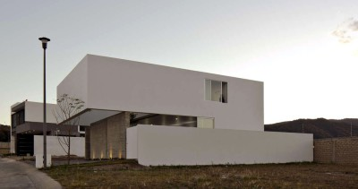 Home to Watch the Sky par Abraham Cota Paredes Arquitectos - Guadalajara, Mexique