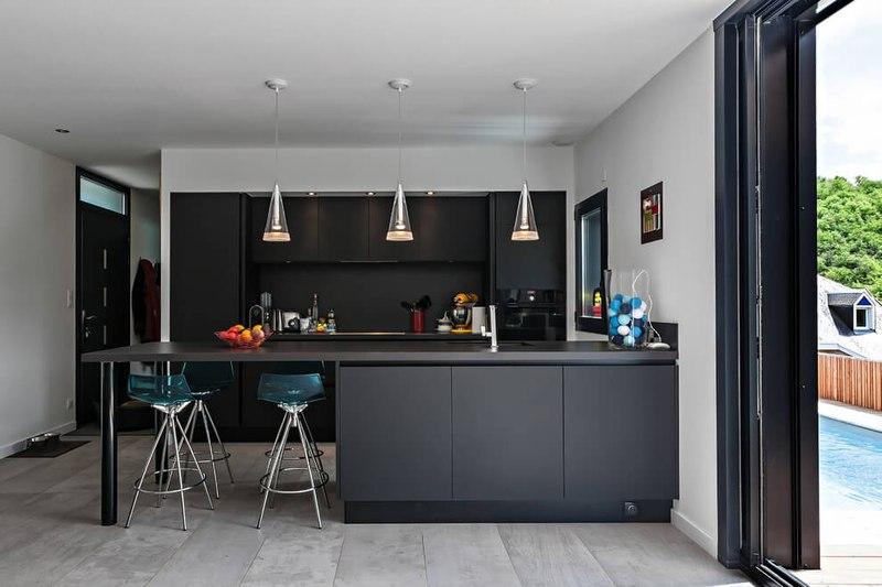 îlot de cuisine - maison bois par Hugues Tournier - Cardaillac, France