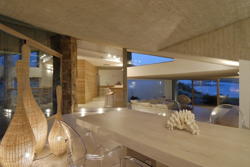 Petit Salon - Maison en béton par Luca Marastoni - Sardaigne, Italie