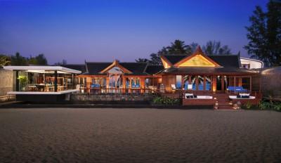 Une-15-05-iniala-beach-house