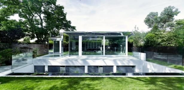 Cette magnifique maison enterrée a été conçue par DSDHA à Londres ...