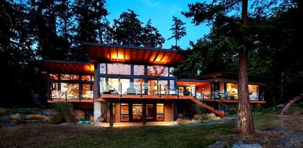 Maison contemporaine en bois au canada construire tendance - Maisons contemporaines en bois ...